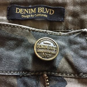 Denim Blvd Juniors Women's M